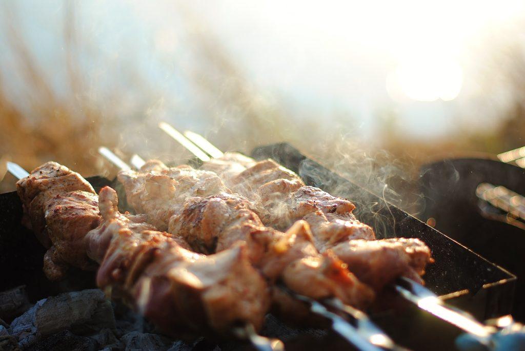 shish-kebab-Grilled-Sriracha-Maple-Chicken-Kabobs-recipe-bourbon-barrel-aged-maple-syrup-whiskey-barrel-aged-sriracha-barrel-aged-creations